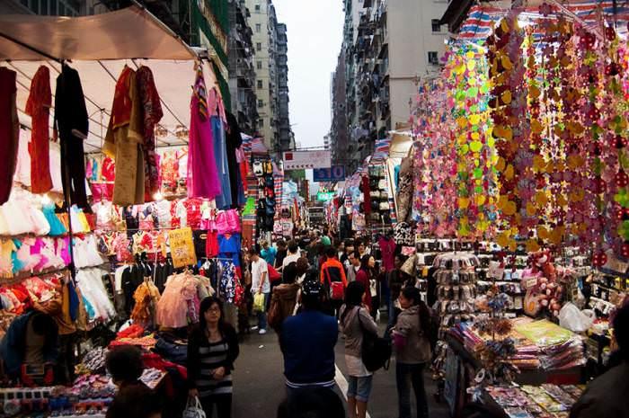 Жіночий ринок є найбільш відомим і популярним в Гонконзі. Назва його  виникло з тієї причини 3adc82f1223ce